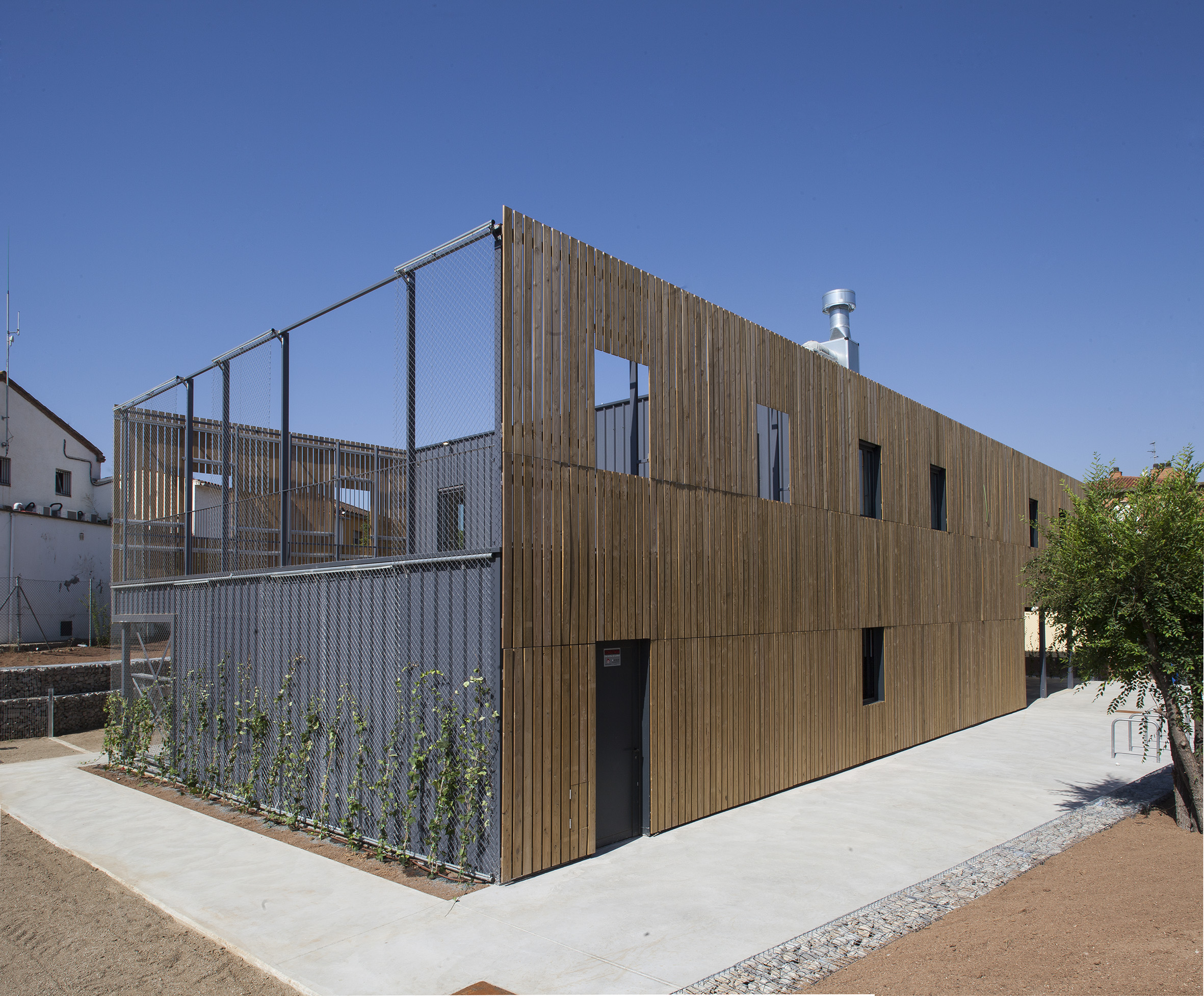 Revestimientos de composite, madera y fibrocemento para la fachada ventilada ARKWALL